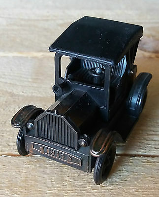 Temperino Automobile Metallo Vintage Pencil Sharpener