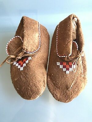 Antique Native Plains American Indians Beaded Child's Vintage Moccasins