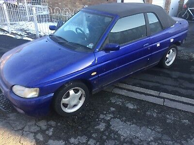 FORD ESCORT CABRIOLET MK6 BREAKING FOR PARTS Auction For Rear Light