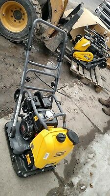 Brand new LF 75 Atlas Copco Dynapac plate compactor tamper w/ water tank