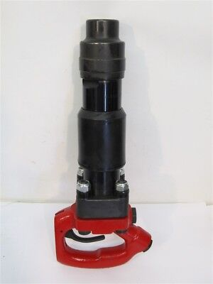 "Chicago Pneumatic CP-4132-4R, D-Handle Chipping Hammer, 4"" Stroke, .680"""