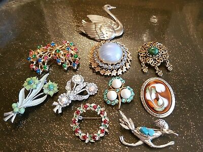 Vintage  Job Lot Of 10 Brooches .