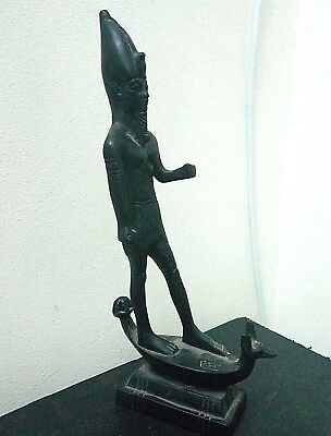 ANCIENT EGYPTIAN ANTIQUE KING RAMSES Stand on Anubis Boat Statue