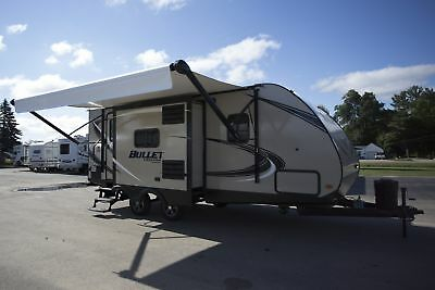 Rv Travel Trailer 2018 Bullet 220Rbi Rear Bath Island Camper Rv Trailer