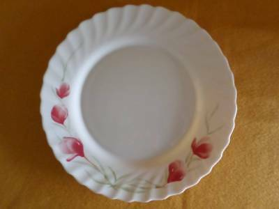 Arcopal France Dinner Plate Vintage Milk Glass White/ Red Floral Multiples Avail