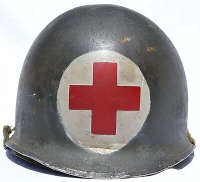 Us M1 Helmet Medic Red Cross 1 Panel Combat Med U.s. Army Medical Wwii - Korea
