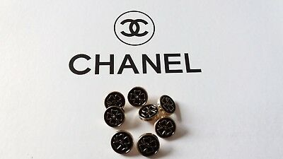 Chanel - 8 buttons by Camellia CC