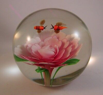 Vintage Large Art Glass  Paperweight Pink Lotus Flower with Stylized Bees EUC