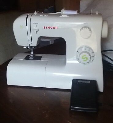 SINGER TRADITION MECHANICAL Sewing Machine 40 4040 PicClick Delectable Singer Tradition Sewing Machine