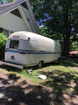 airstream argosy 4 wheel trailer