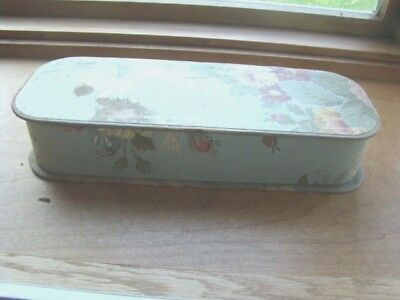 VINTAGE GLOVE HANKIE BOX LOVELY Wall paper covered.