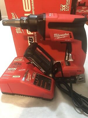 MILWAUKEE M18 FUEL Drywall Screw Gun Kit 2866-22CT include 2 batteries+charger