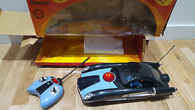Disney The Incredibles RC Incredimobile with lights and sound