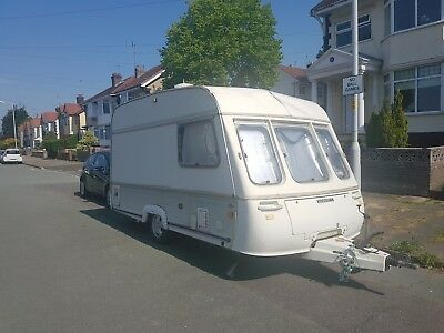 1992 Swift 2-Berth Caravan for Parts or Repair
