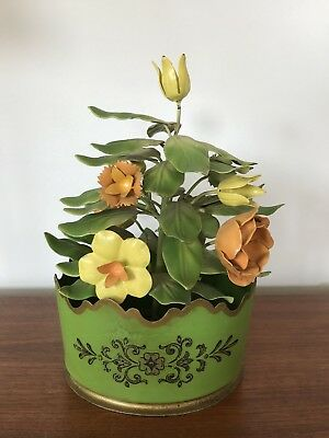 VTG sHabBy French TOLEWARE Flowers Pot Basket Roses Chippendale Sculpture Tole