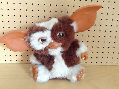 Gremlins - Gizmo, very cute, plush electronic (not working needs repair)