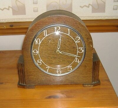 Vintage Art Deco Wind Up Wooden Mantel Clock Fully Working