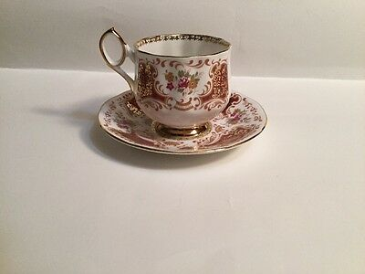 Rosina Elizabethan Fine Bone, Made in England, Tea Cup & Saucer, Red With Gold