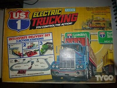 Tyco Electric Trucking Us1 Slot Track Vintage Interstate Delivery Set
