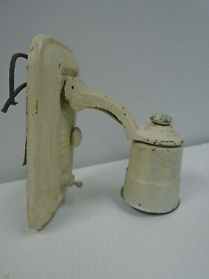 Vintage Single Wall Sconce Light w Toggle Switch Victorian Motifs Plate 6 x 3.75