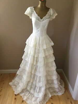 Vintage Lace & Embroidered Tiered Wedding Gown With Hat & Gloves Ivory Small