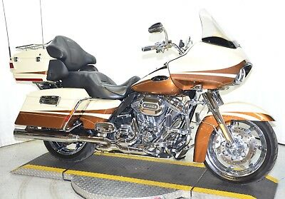 "2011 Harley-Davidson Touring  2011 Mint Rare Harley Davidson Screamin' Eagle 110"" CVO Road Glide Ultra FLTRUSE"
