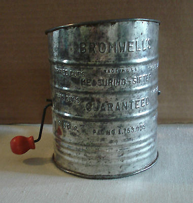 Vintage Bromwell's 3c. Measuring Flour Sifter Wooden Red Knob Light Rust USA