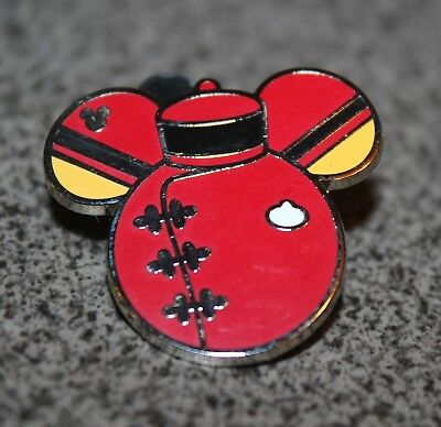 Disney Pin 2015 Hidden Mickey Series Cast Members Costumes Great Movie Ride Icon
