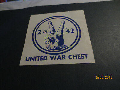 "1942  United  War  Chest  Finger Salute  --Tops  2 1/2 ""  Round"