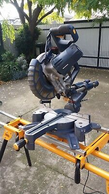 compound sliding mitre saw GMC brand, very little use, ideal for handyman. 2400w