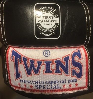 Twins boxing gloves Special black