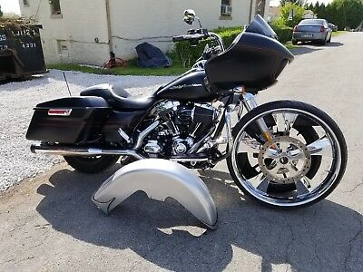 2015 Harley-Davidson Touring  26 Inch Wheel to go with 2015 Harley Davidson Road Glide Bagger*Stereo*Pipes*etc