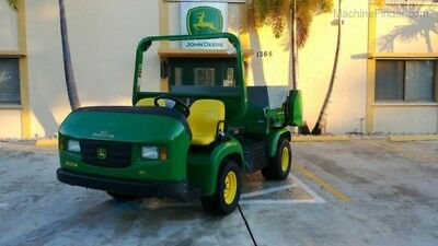 2013 John Deere 2020A Progator Top Dress Incl Used
