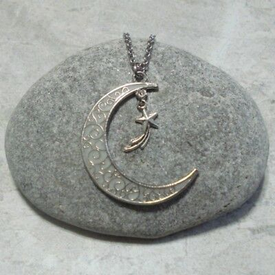 Glow In The Dark Crescent Moon And Shooting Star Pendant Necklace Jewelry