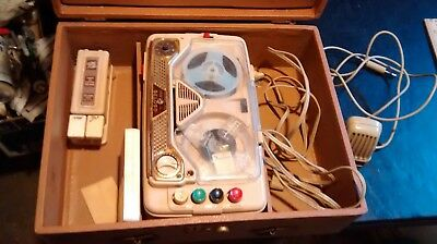 Vintage TAPE RECORDER  1960's  Geloso Electronics made in Italy w/case cord