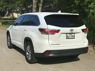 2016 Toyota Highlander LE Plus 2016 Toyota Highlander LE Plus **Only 19k miles, Like New