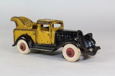 "1930's Hubley Take-A-Part Cast Iron Tow Truck 6 1/2"" All Original Paint"