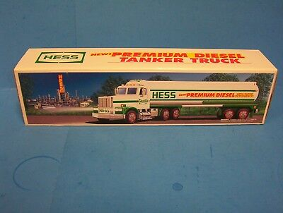 1993 Hess Premium Diesel Tanker With Box Not Sold To Public New