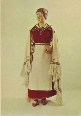 Finlands Nationalmuseum Reconstruction of West-Finnish female costume of the Per