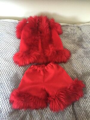 faux fur gilet and shorts Age 4