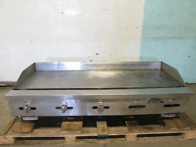 """""""castle"""" Heavy Duty Commercial 5 Burners Natural Gas Counter-Top 60""""w Griddle"""