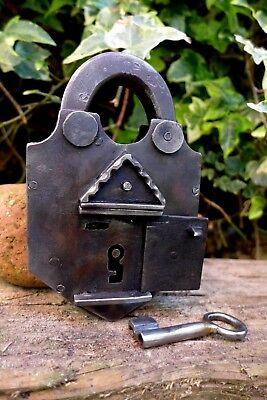 Vintage Beautiful Padlock with one key working order 2 trick to open 736g 27-23