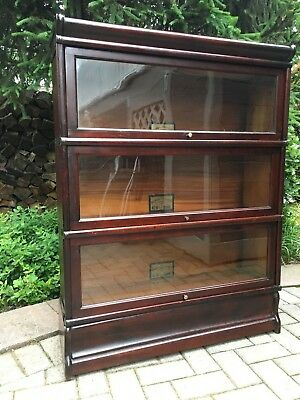 Antique Barrister Bookcase – Globe Wernicke - Mahogany