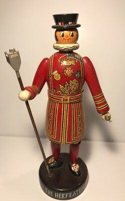 "Vintage Large ""The Beefeater""  Fanobri Wood Beefeater"