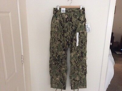 US Navy Nwu Type iii AOR2 Green Digital Trousers Size Medium Regular New With