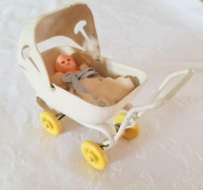Vintage White Wyandotte Pressed Steel Doll Baby Buggy Pram Toy Wood Wheels