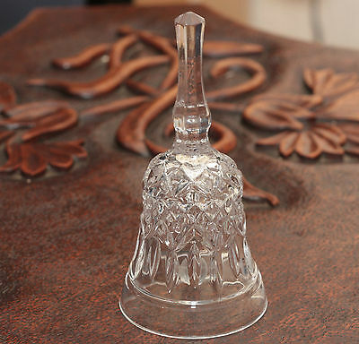 Beautiful Collectible Crystal Dinner Bell With Heart Sku15052