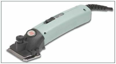 Lister Star Ergonomically Slim Grip Horse Clippers with Self-Clearing Blades