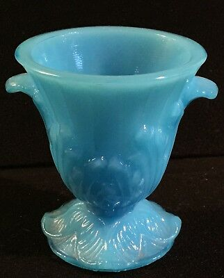 Vintage Aqua Akro Agate Vogue Mercantile Co. Footed Toothpick Holder