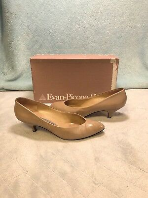 e86f60e67184 Vintage Rare EVAN-PICONE womens Kitten Heels 7 M Nude Pale Pink Soft Leather